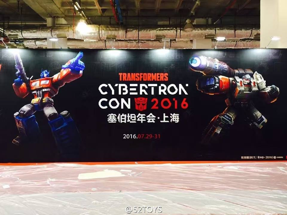 Transformers News: First Look at the Set Up for Cybertron Con 2016 with a Giant Fortress Maximus and Beast Wars Booth