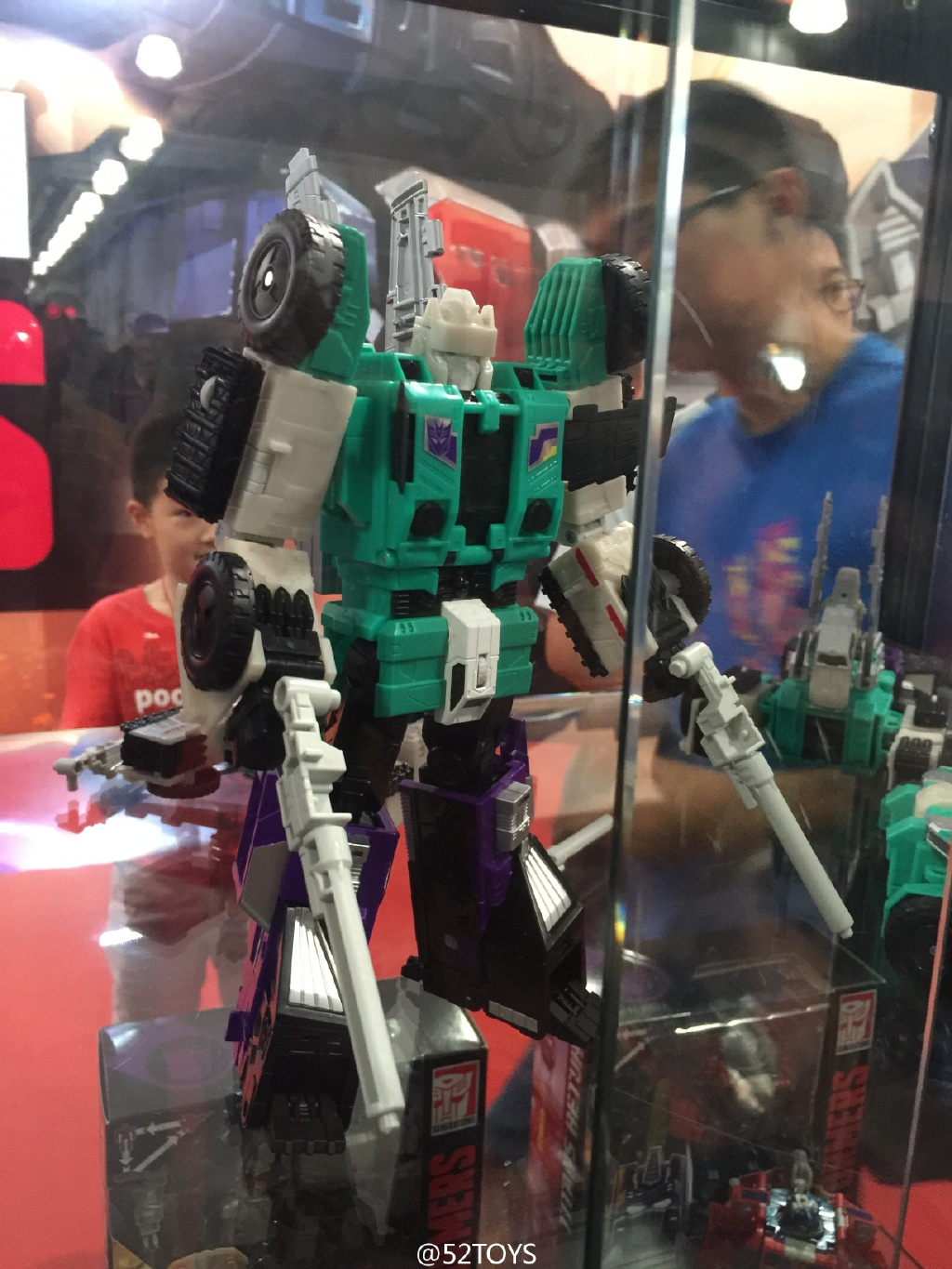 Transformers News: Better Looks at Transformers Titans Return Leader Class Sixshot