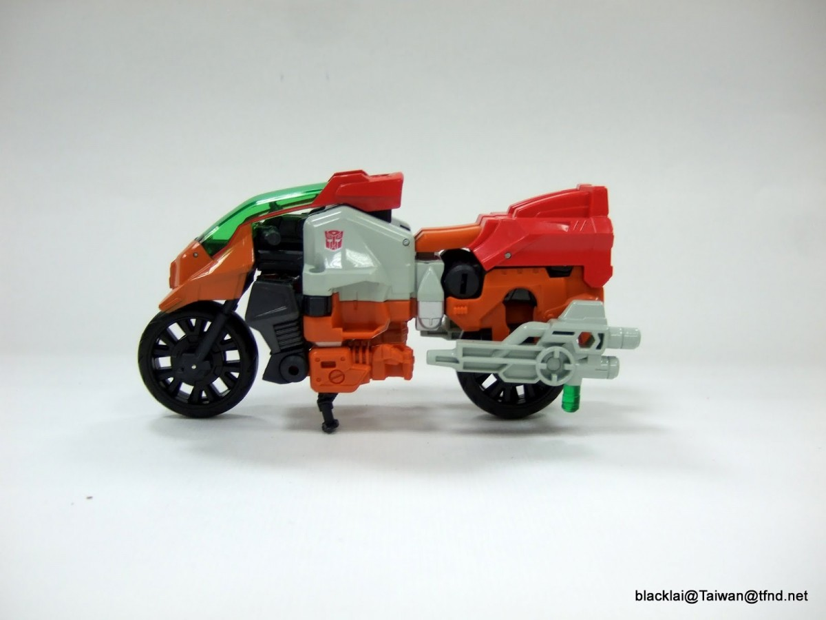 Transformers News: Re: Transformers Generations Combiner Wars Discussion Thread