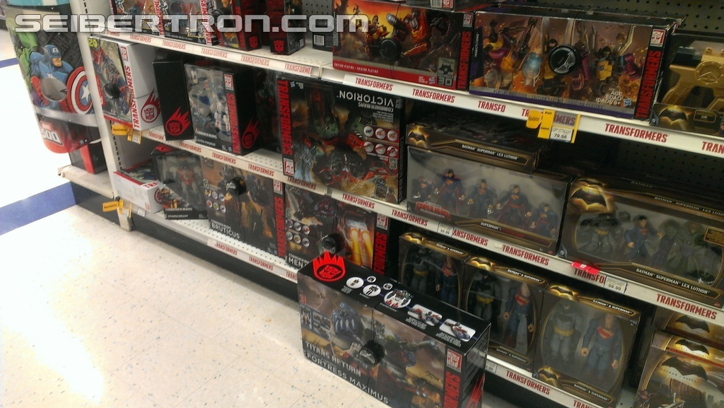 Transformers News: Transformers Titans Return Slowly Trickling Out in Canada