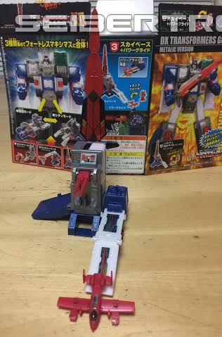 Transformers News: In Hand Images of Kabaya Transformers DX Fortress Maximus Metallic Version