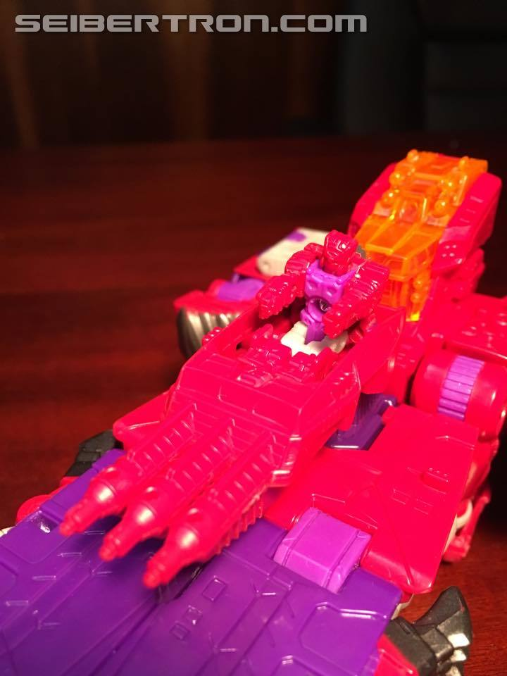 Transformers News: Pictorial Review Titans Return Voyager Class Alpha Trion