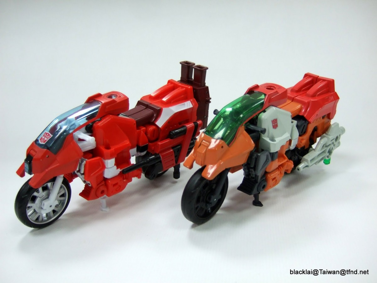 Transformers News: In Depth Comparison Images for Takara Transformers Unite Warriors Computron and Hasbro Version