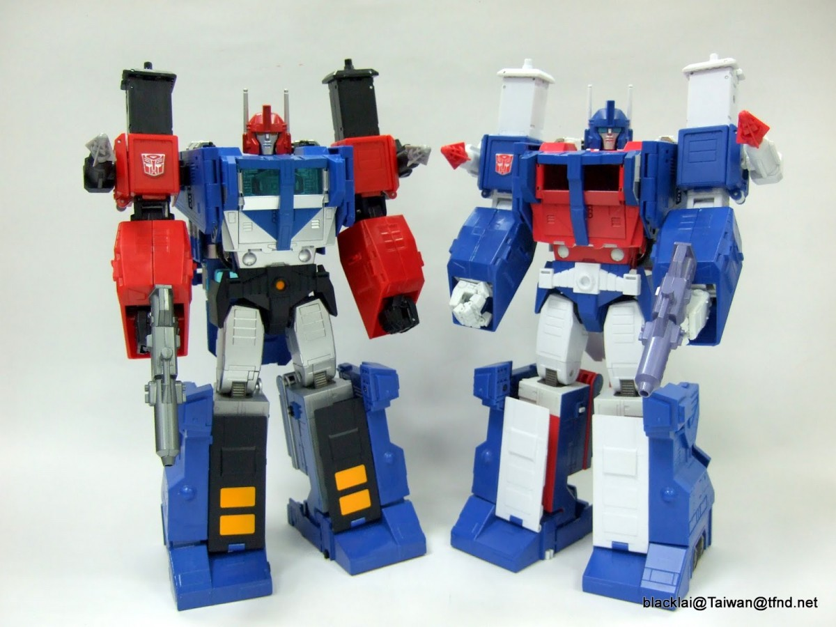 Transformers News: In-Hand Images - TakaraTomy Transformers Masterpiece MP-31 Delta Magnus