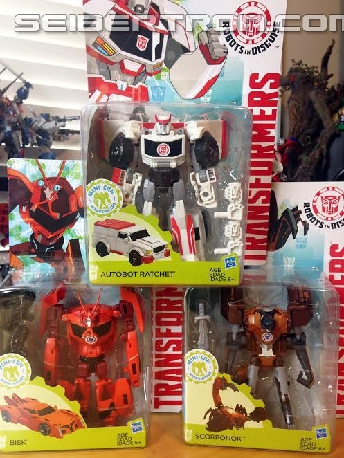 Transformers News: Transformers Robots in Disguise Wave 8 Ratchet and Bisk found at US Retail