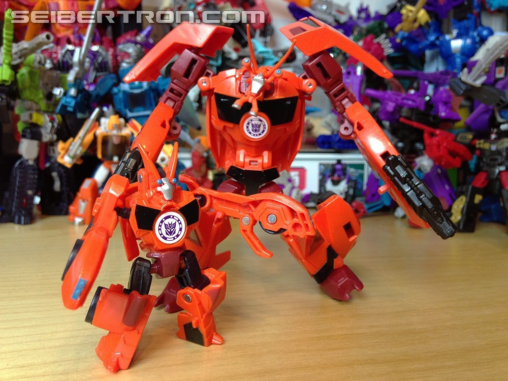 Transformers News: Pictorial Review of Warriors Ratchet and Bisk from Robots in Disguise