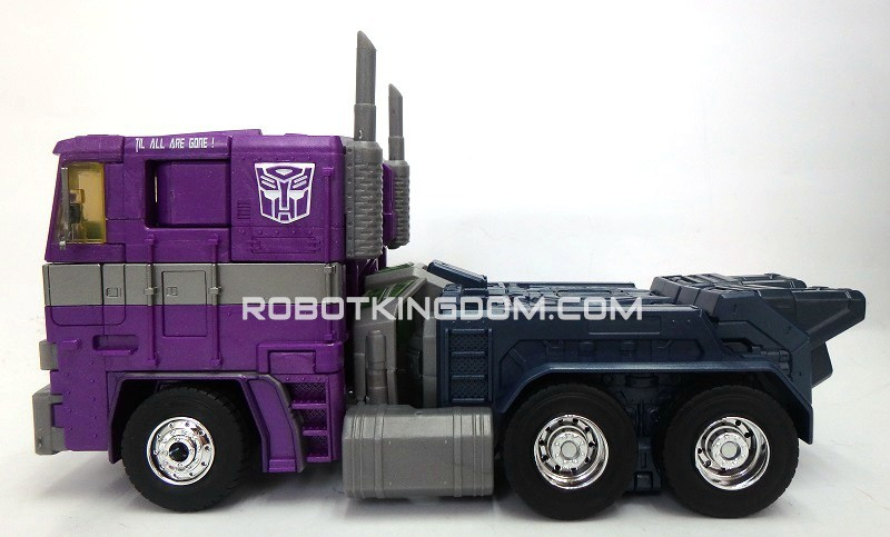 Transformers News: New Masterpiece Shattered Glass Optimus Prime Images