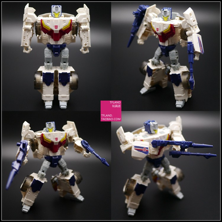 Transformers News: New In Hand Images of Titans Return Wave 3 Deluxes Hot Rod Triggerhappy Breakaway and Twinferno