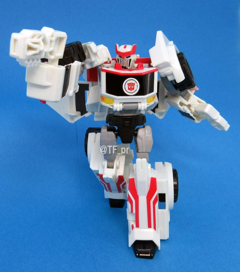 Transformers News: New Images of Takara TAV59 Ratchet with MP32 Optimus Primal