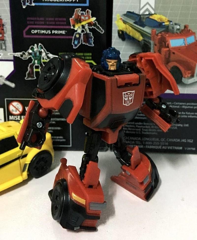 Jouets Transformers Generations: Nouveautés Hasbro - Page 2 1483270467-ro2