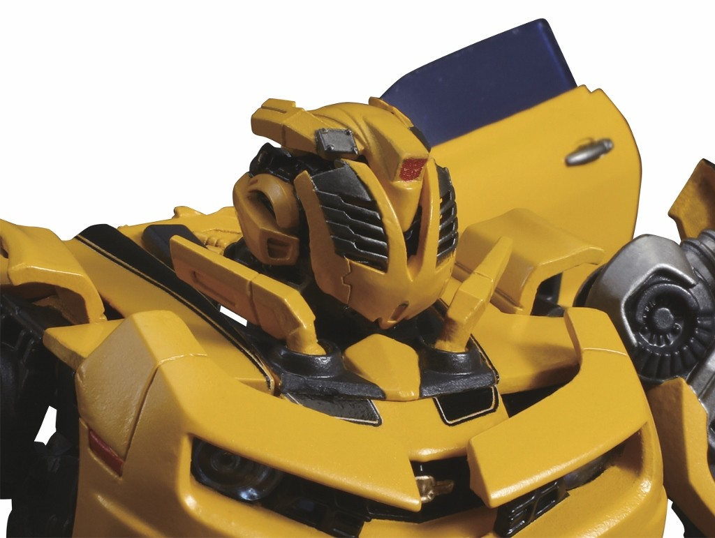 new images of mpm 3 bumblebee and transformers the last knight