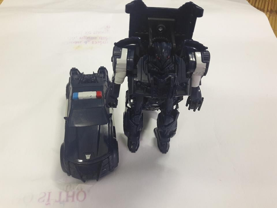 JOUETS - Transformers 5: The Last Knight - Page 3 1485446061-beserker-09