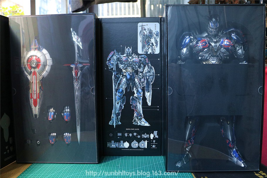 Transformers News: In-Hand Photos of Comicave AoE Optimus Prime