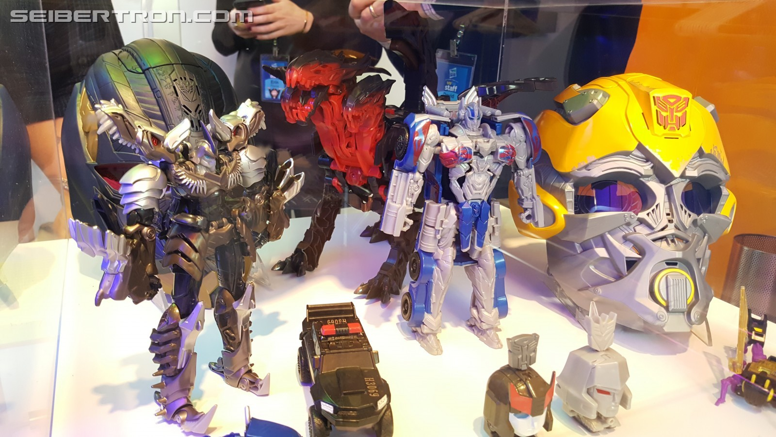 Transformers News: Toy Fair 2017 - Sneak Peek at Megatron Voice Changer Helmet and Dragon Toy
