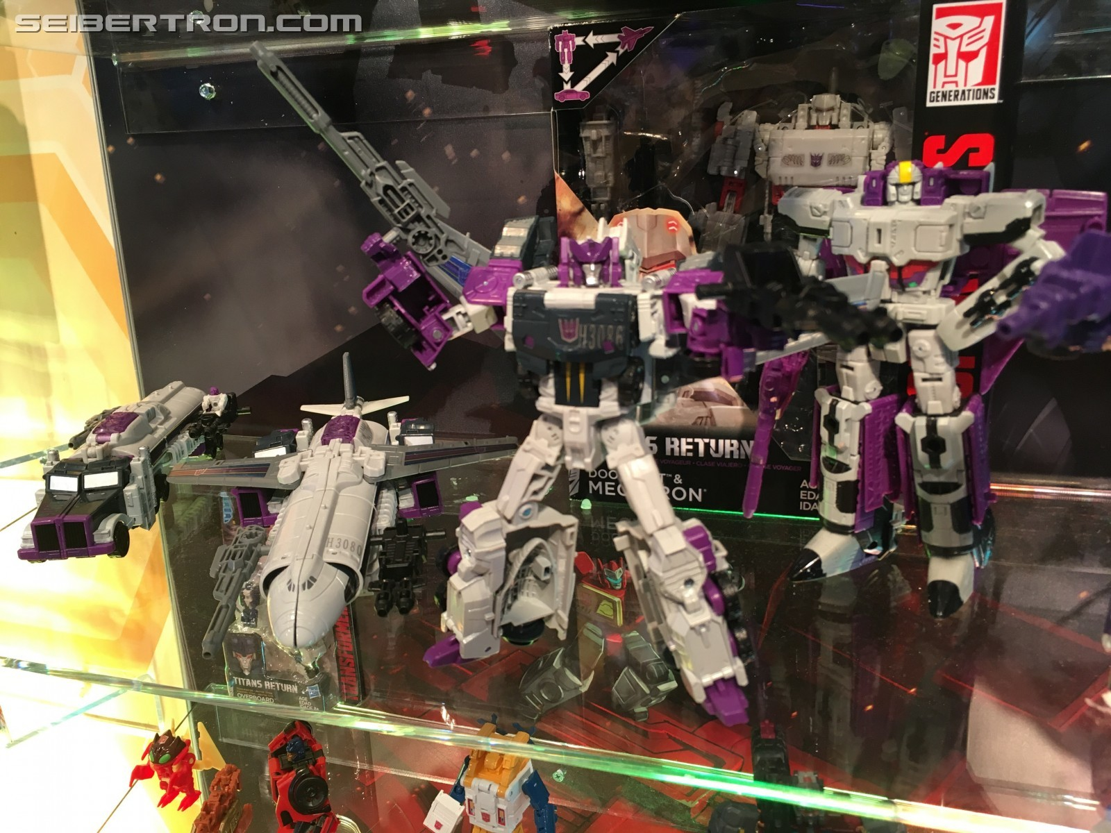 Transformers News: Toy Fair 2017 - Showroom Images of Transformers Titans Return: Overlord, Nautica, Seaspray, Metalhaw