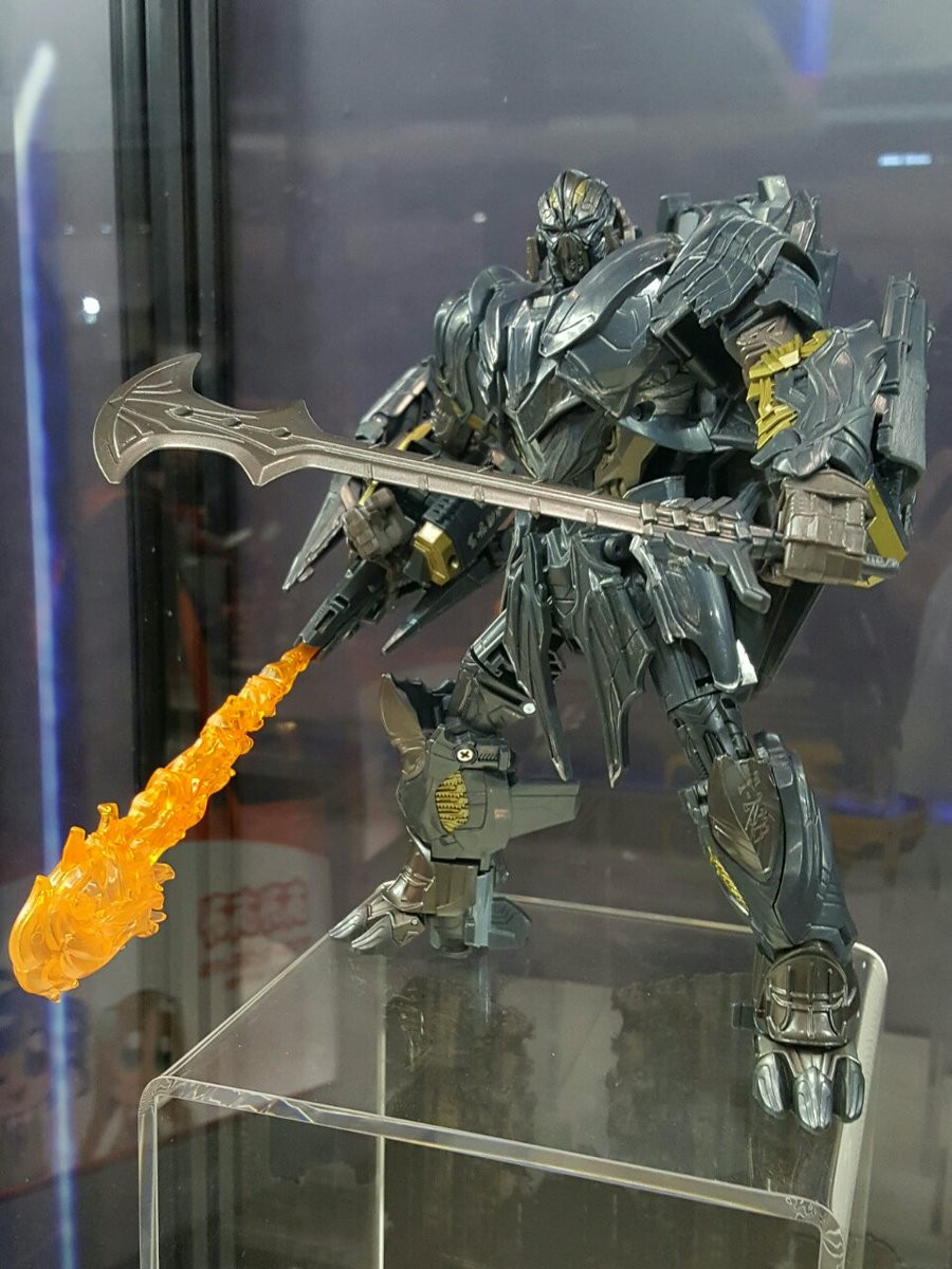 Transformers News: Transformers The Last Knight Leader Megatron Optional Faceplate Feature and More Images