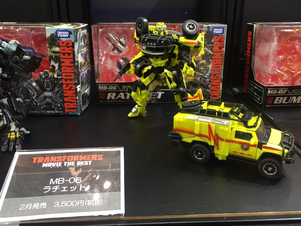 Transformers News: Wonderfest 2017 - Movie The Best Ironhide, Ratchet, Strafe, Soundwave, Starscream and More