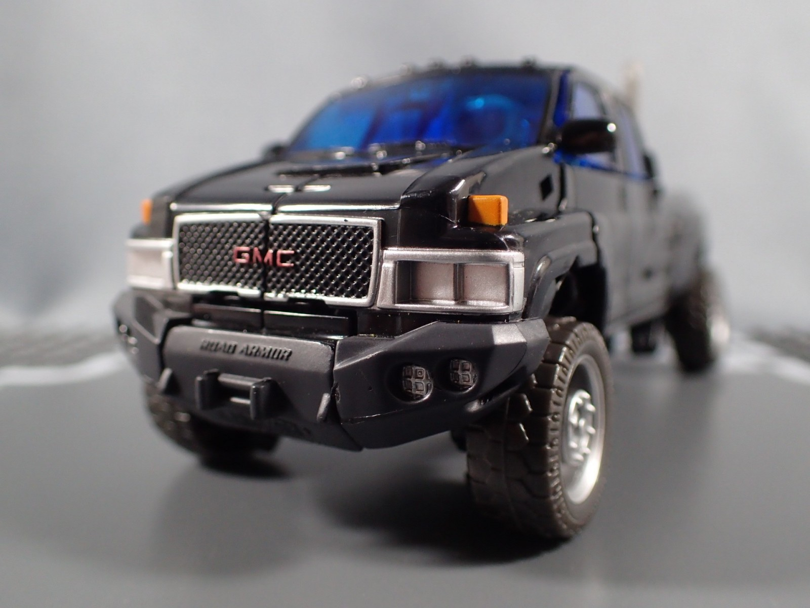 Transformers News: In hand Images and Comparisons of  Takara Movie The Best Ironhide, Ratchet, Soundwave and Starscream