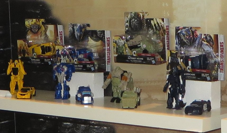Transformers News: Pictures from the 2017 Australia Toy Fair with Transformers The Last Knight, RID and Titans Return