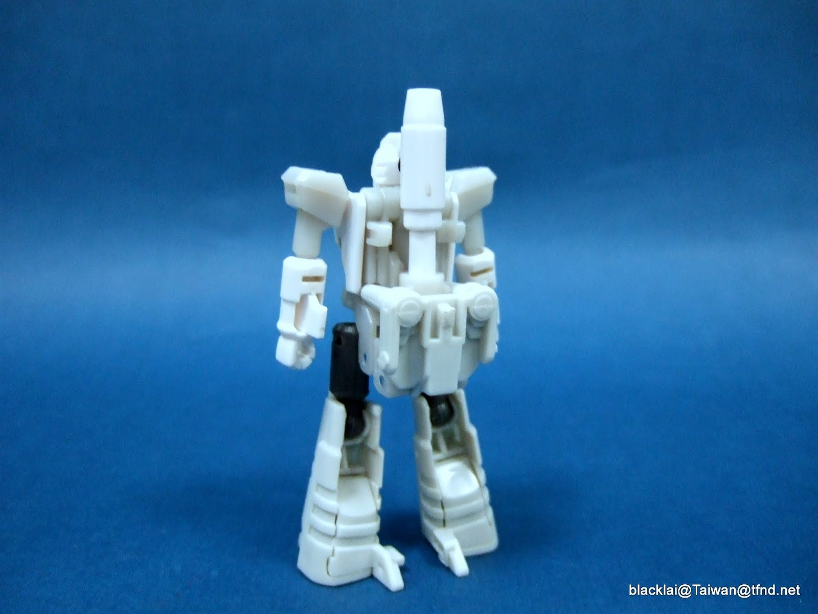 Transformers News: Prototype Images of Targetmaster Nightstick for MP-37 Masterpiece Artfire
