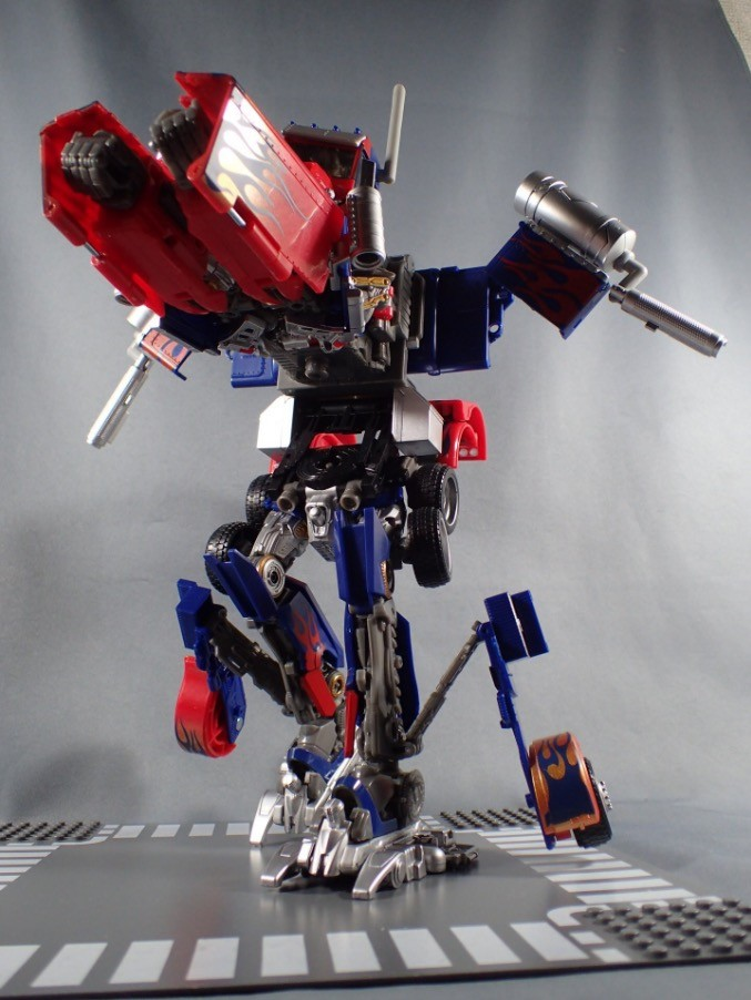 Transformers News: In Hand Images - Transformers Movie The Best Leader Optimus Prime, Dinoriders Grimlock and Strafe
