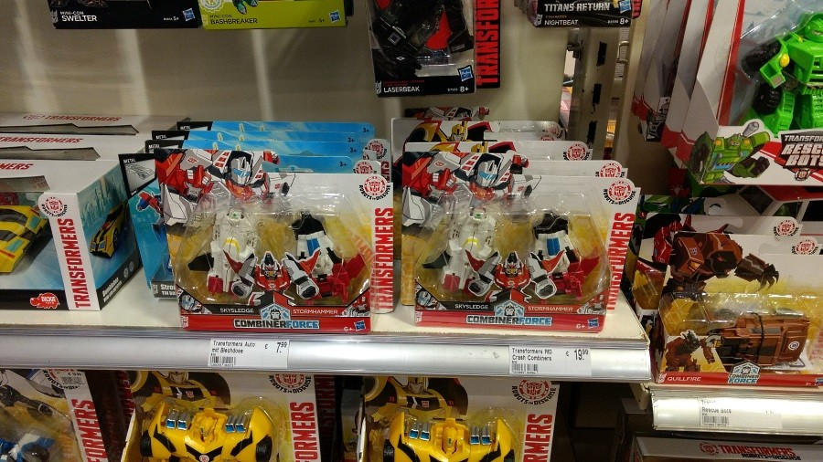 Transformers News: Robots in Disguise Combiner Force Crash Combiner Skyhammer Found in Germany and Canada