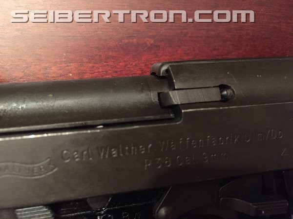 Transformers News: Comparison Review: MP-36 Megatron vs. a real Walther P1