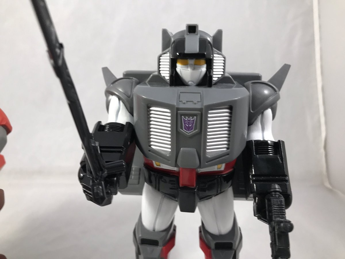 Transformers News: New In-Hand Images of Transformers Subscription Service Double Pretenders Optimus Prime and Megatron