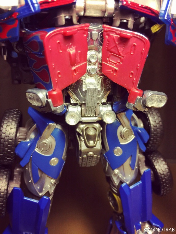 Transformers News: New Images of Movie Masterpiece MPM 04 Optimus Prime Properly Transformed