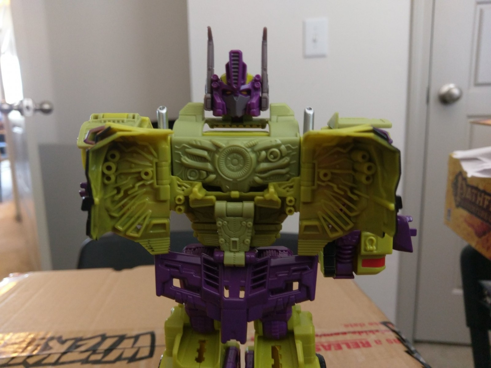 Transformers News: In hand Images of TFSS Shattered Glass Starscream, Toxitron and Counterpunch