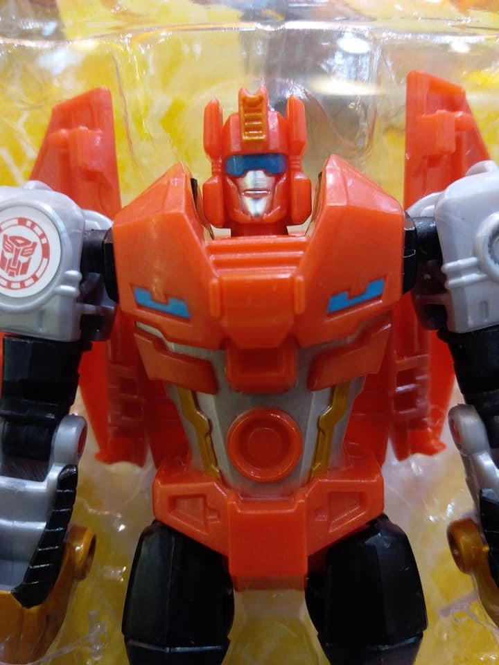 Transformers News: Re: Transformers: Robots in Disguise Products - Combiner Force and More