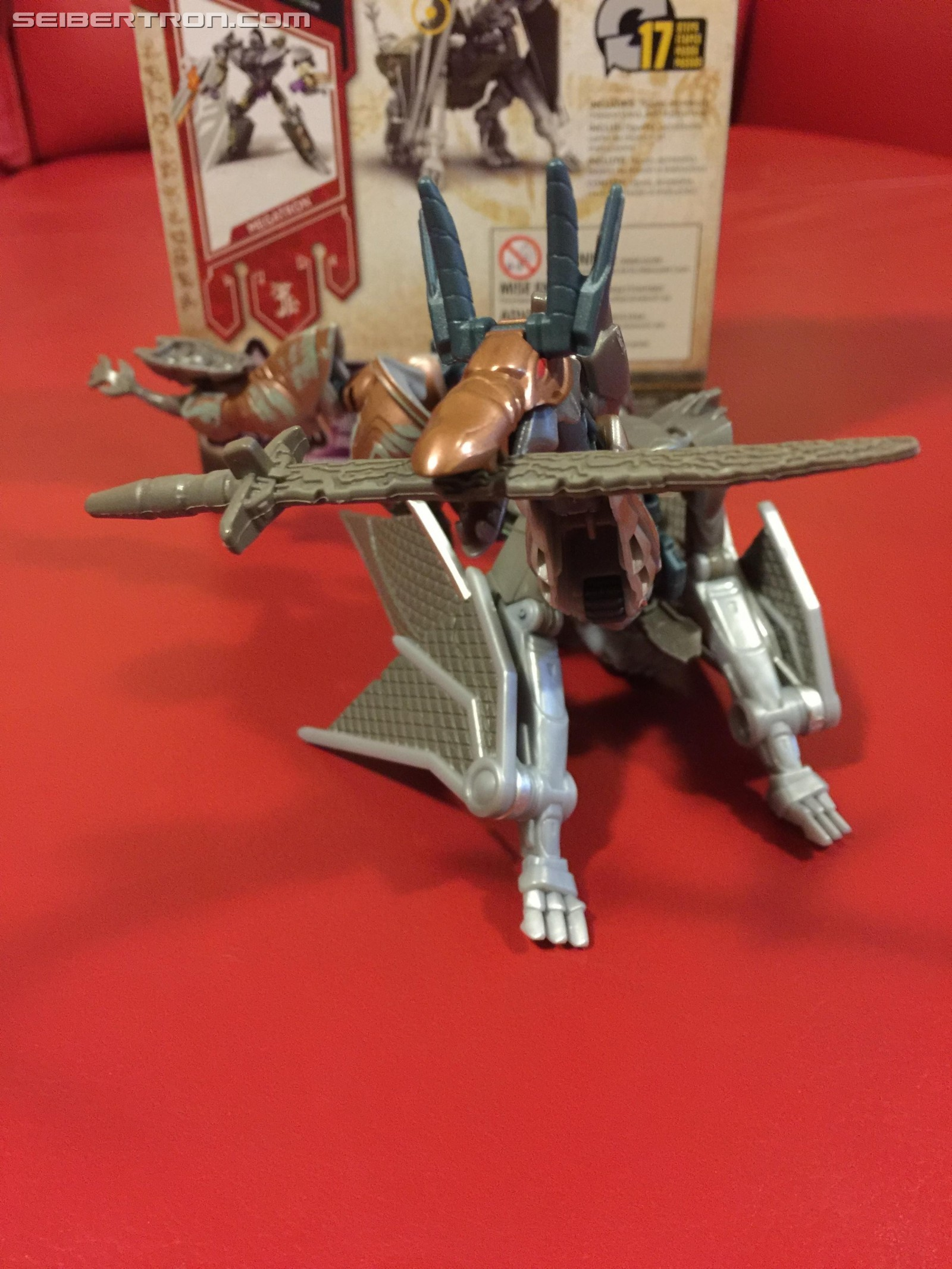 Transformers News: Pictorial Review of Transformers: The Last Knight Mission to Cybertron Skullitron