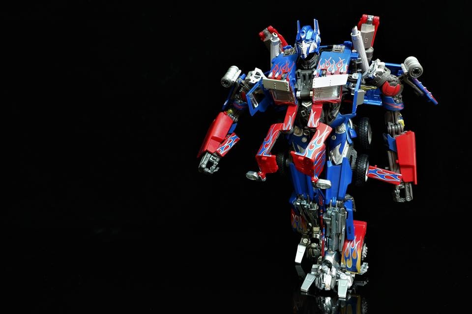 Transformers News: Movie Masterpiece MPM-04 Optimus Prime Found in Singapore and Picture Heavy-Review