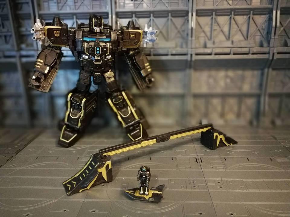 Optimus Prime /& Shreddicus Maximus Transformers Primitive Skateboarding Hasbro