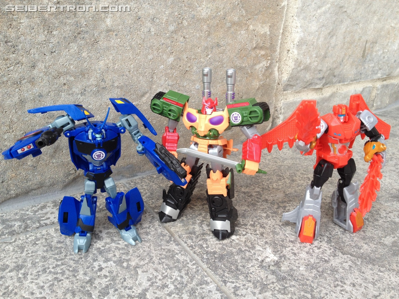 Transformers News: Pictorial Review of Warrior Thermidor from Transformers Robots in Disguise