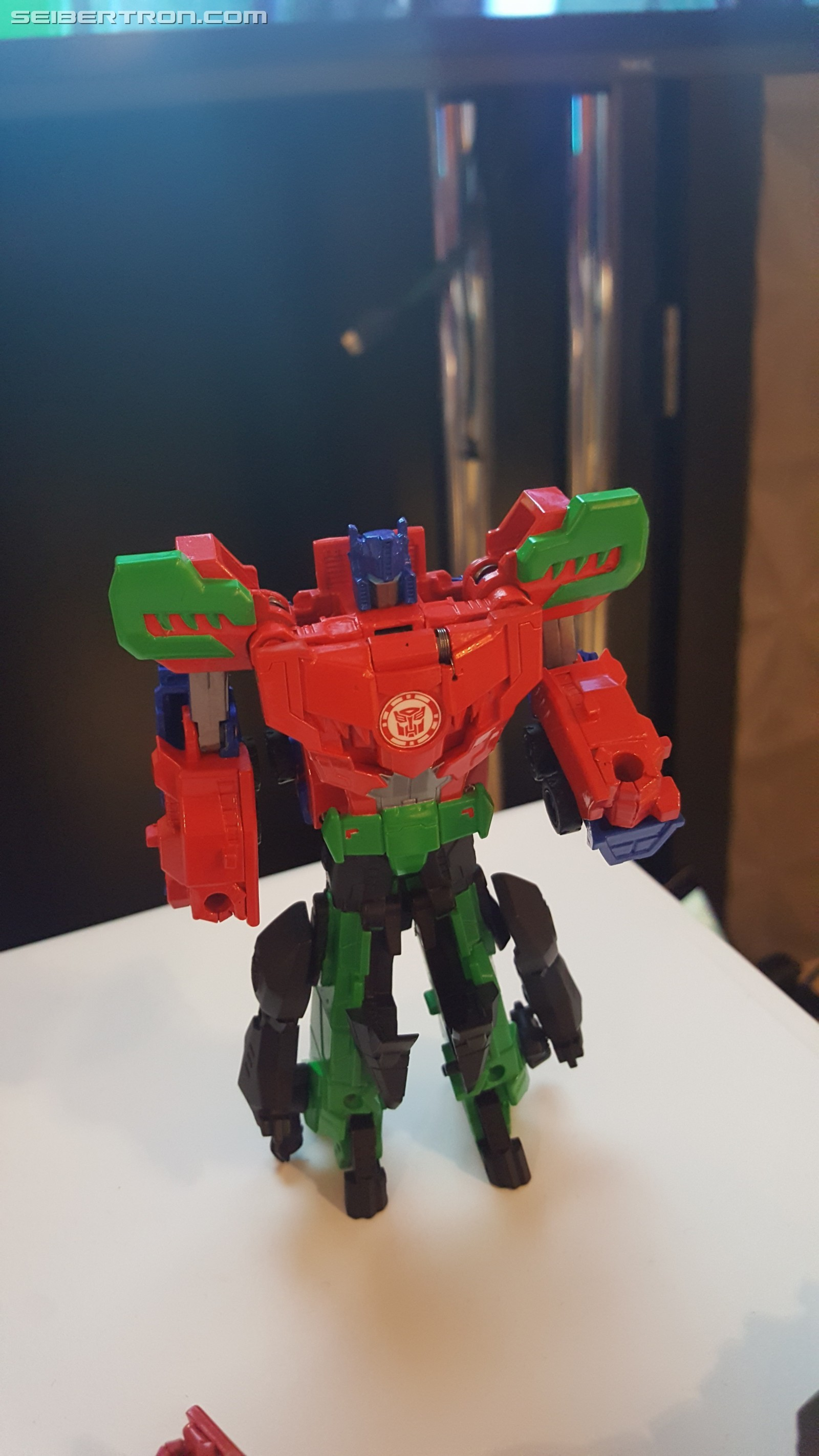 Transformers News: SDCC 2017: Hasbro Breakfast Press Event, Featuring RID Combiner Force Primelock & Saberclaw