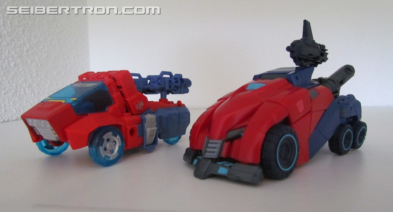 Transformers News: Pictorial Review of Transformers Tribute Orion Pax / Optimus Prime Set