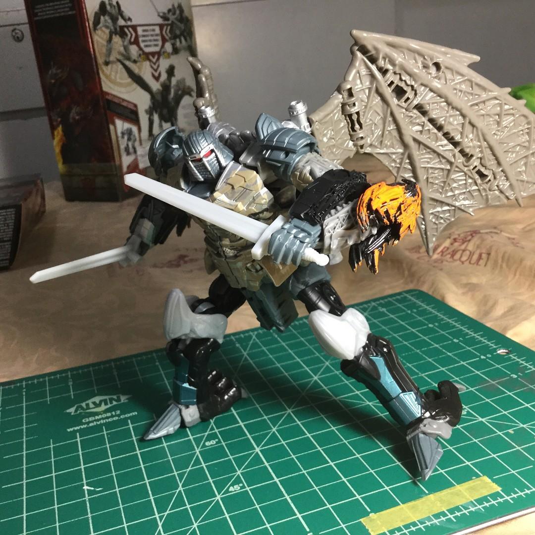 Transformers Last Knight Premier Leader Dragonstorm /& Megatron Set In-Hand