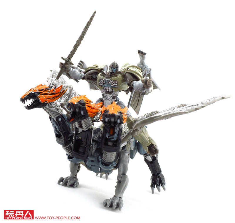 Transformers News: Video Review of Cogman and More Images of Later Wave Deluxes from Transformers: The Last Knight