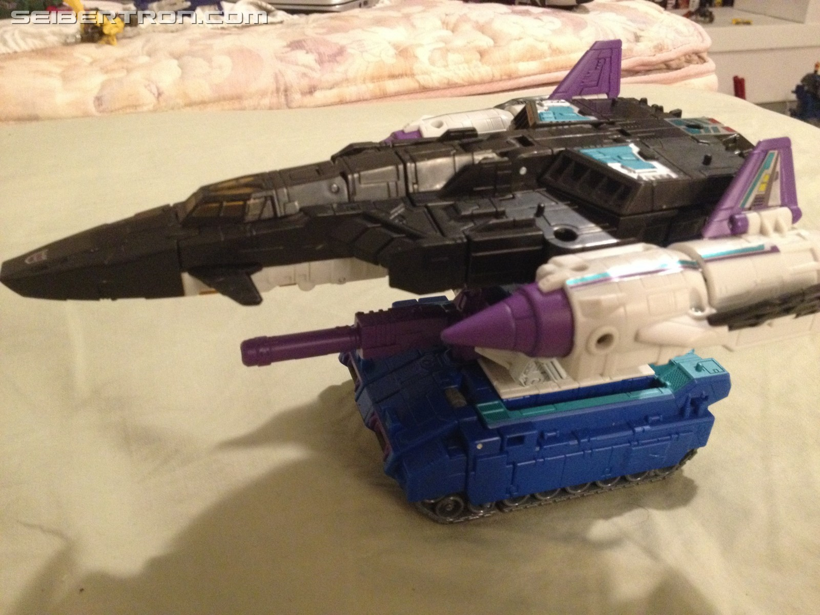 Transformers News: Images of Various Possible Combinations for Titans Return Overlord