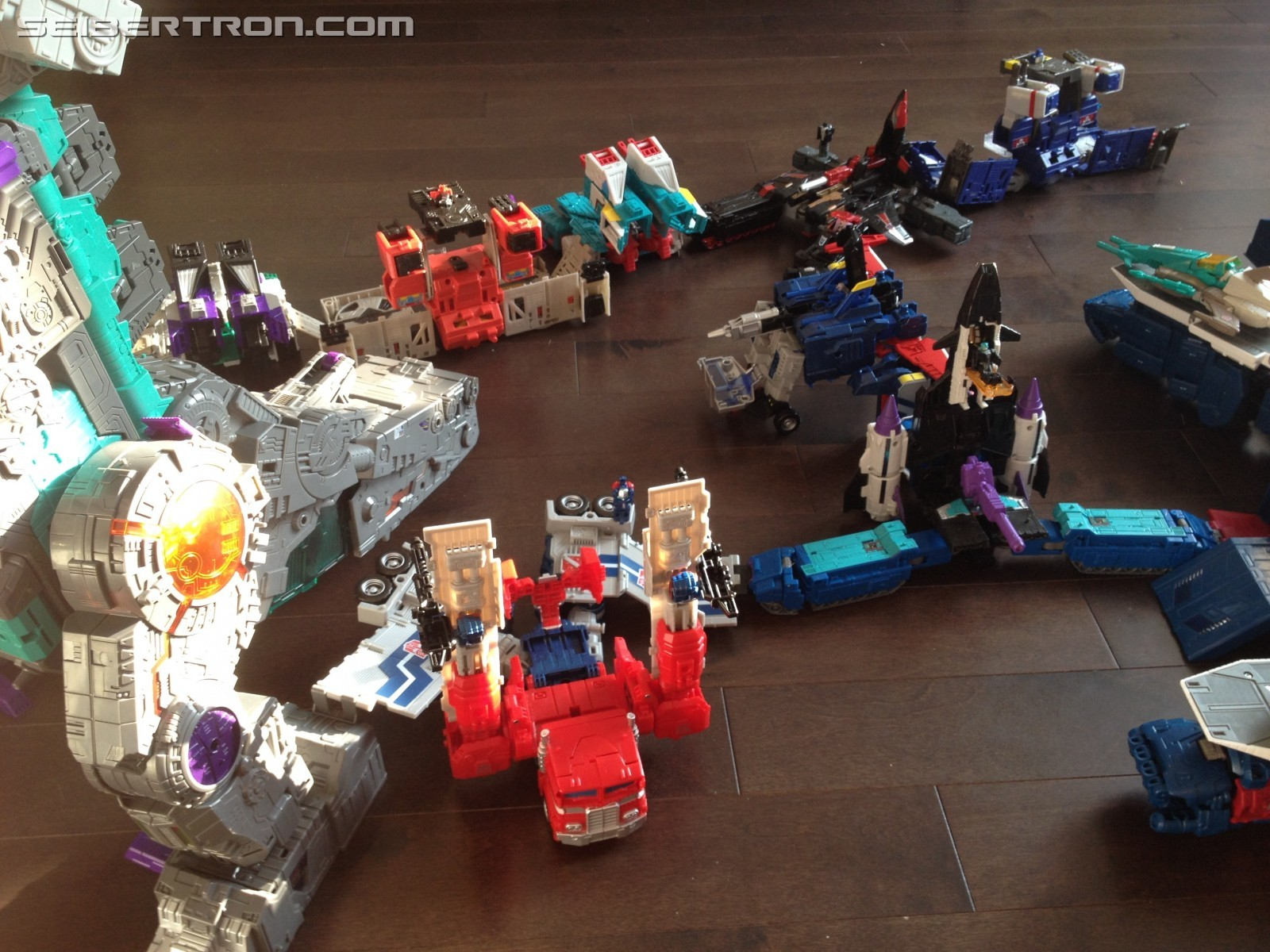 Transformers News: Images of all Transformers Titans Return Bases Connected with Takara God Bomber