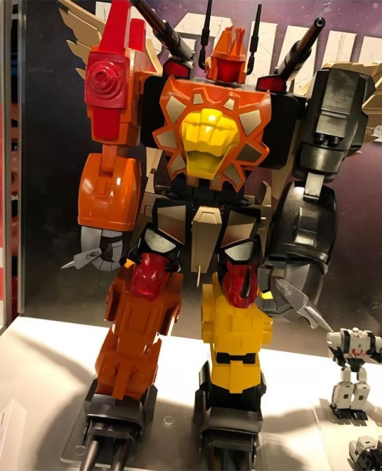 Transformers News: Rumoured Transformers: Power of the Primes Predaking Mockup
