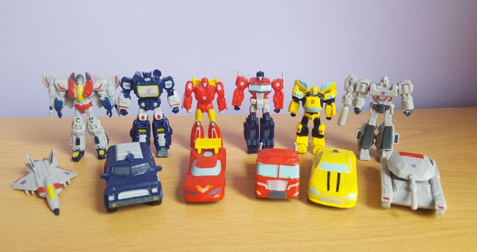 Transformers News: Another Look at Transformers Busy Book Figures