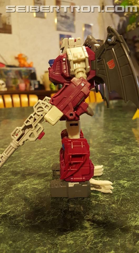 Transformers News: Pictorial and Video Review for Transformers Titans Return Grotusque with Fengul and Scorponok