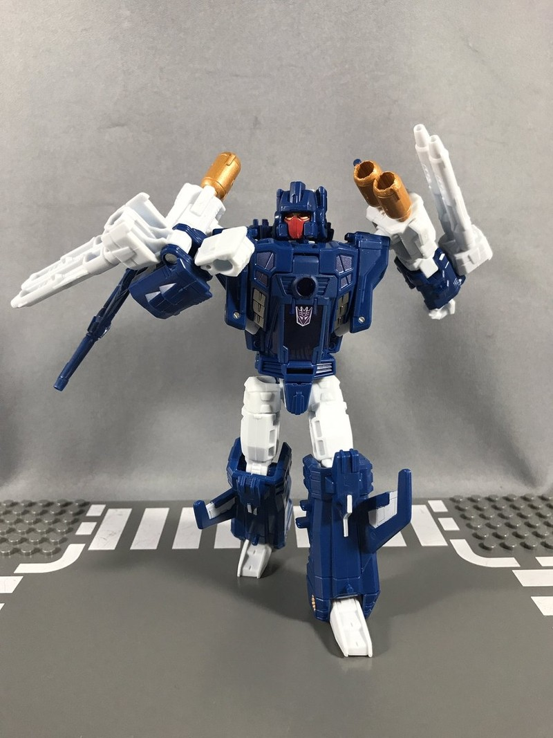 In Hand Images of Takara Tomy Transformers Legends LG47 ...
