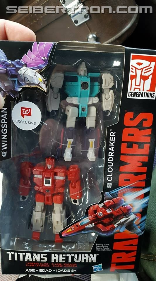 Transformers News: Walgreens Exclusive Wingspan and Cloudraker Two Pack From Transformers Titans Return Found in US
