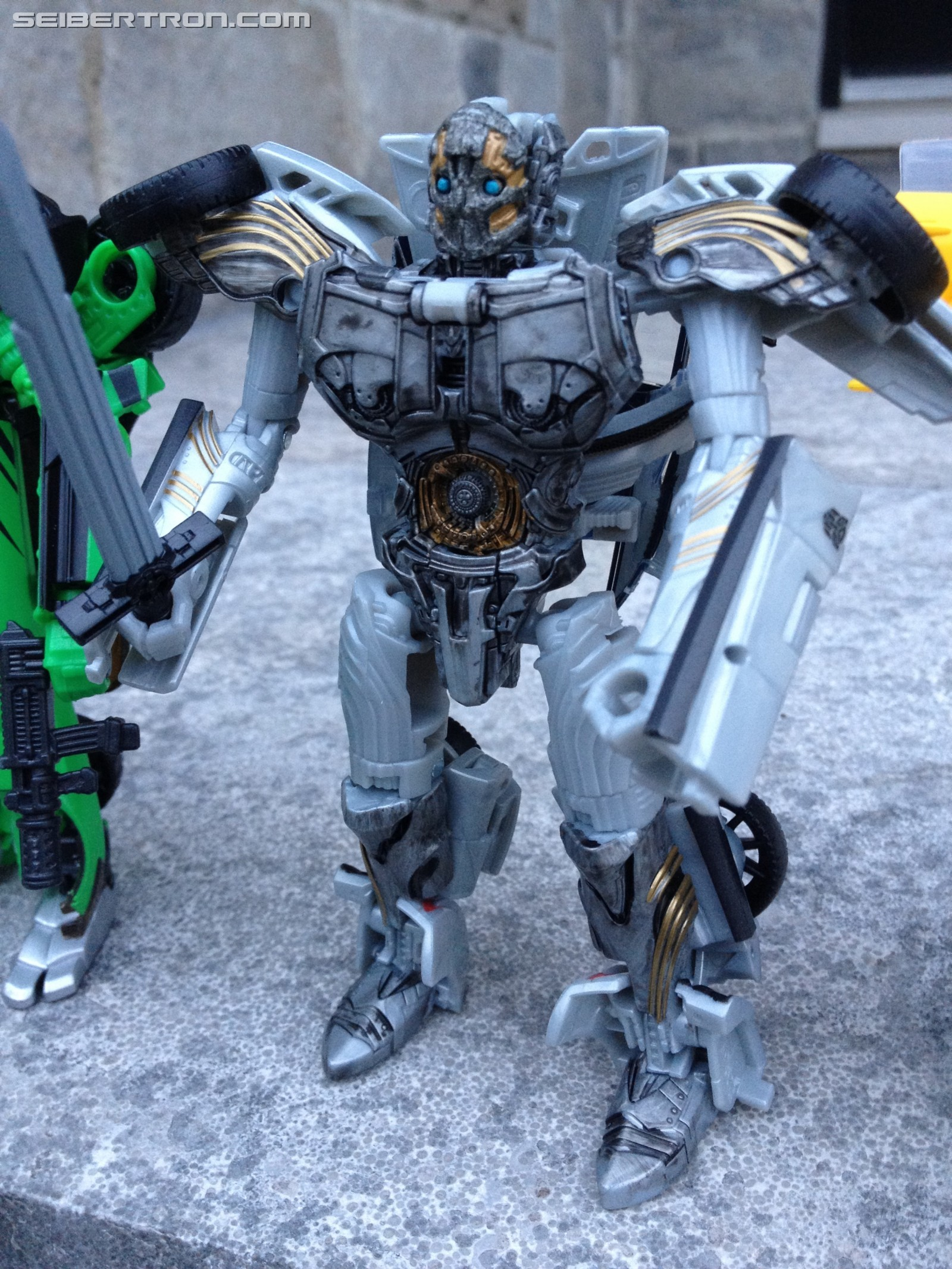 Transformers News: Pictorial Review of Deluxe Cogman from Transformers: The Last Knight
