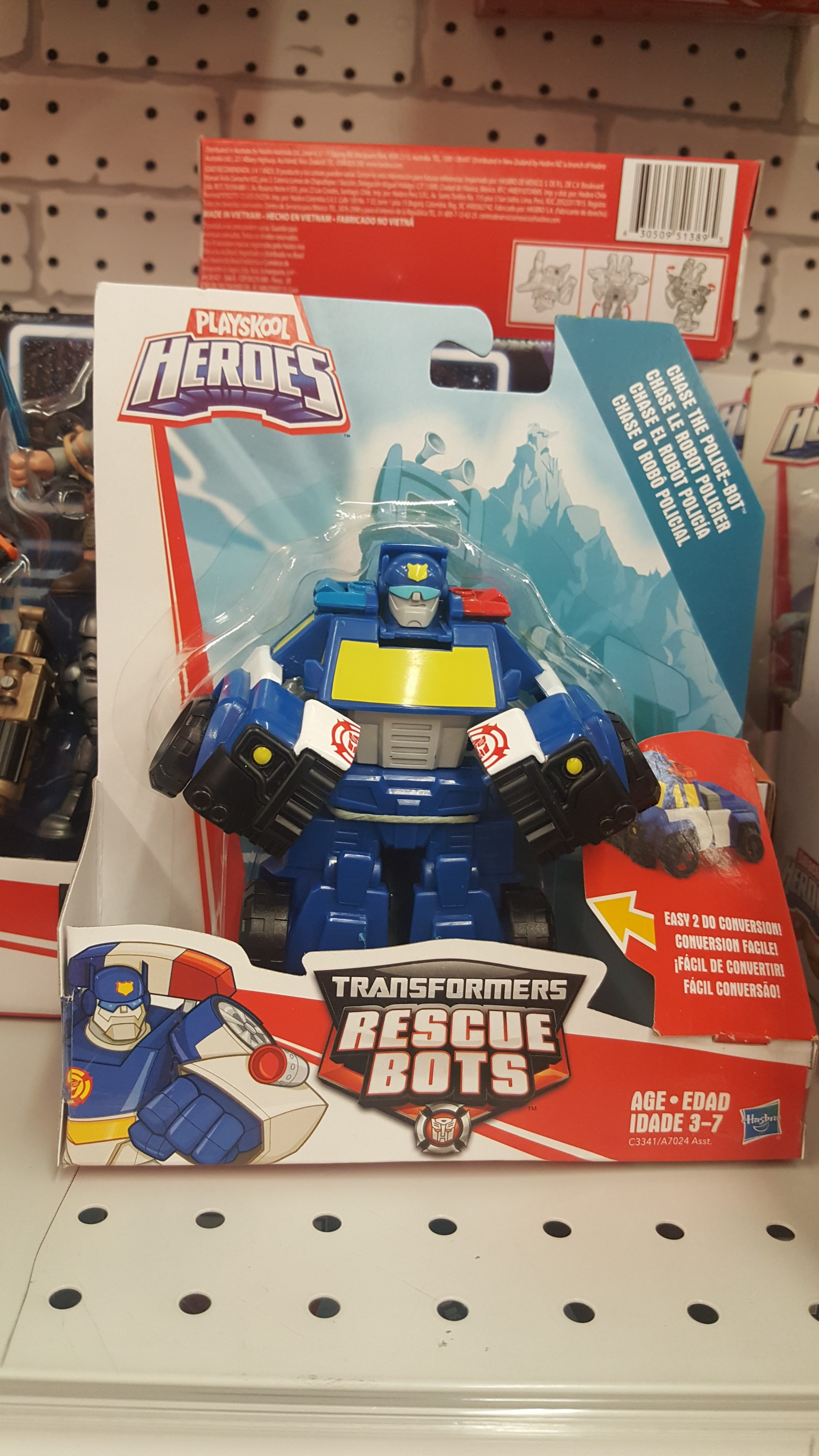 Transformers News: Single-Packed Rescue Bots Chase (Pick-Up Truck) Discovered at Retail