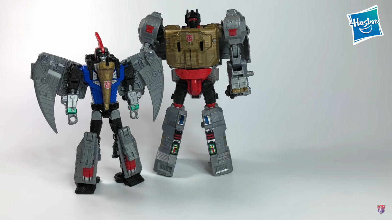 Transformers News: Initial In-Hand Images of Transformers Power of the Primes Grimlock, Slash & Volcanicus