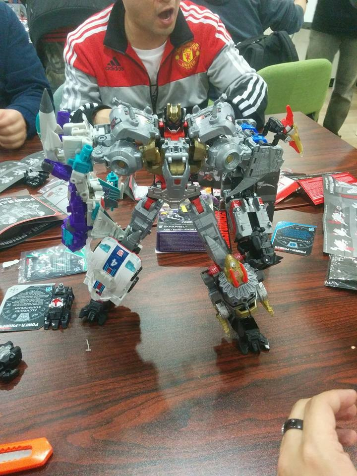 Transformers News: In hand Images of Transformers Power of the Primes Optimus Prime, Rodimus, Starscream and Grimlock